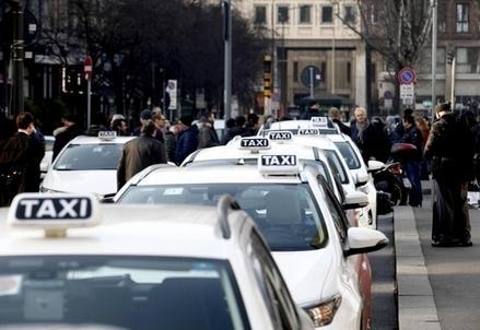 Taxi_Tassisti_R439